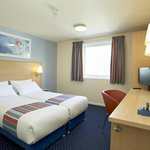 Cardiff M4 Hotel - Twin Room