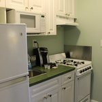 Small but very well equipped kitchen area