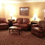 Meadowbrook Inn & Suites Foto