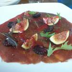 venison carpaccio with figs
