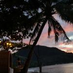 Foto de Sunset at Aninuan Beach Resort