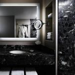 Westin River North Guest Bathroom