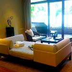 If Capella Singapore Is A Woman - Living Room