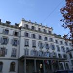 SUNNY VIEW OF HOTEL DES TROIS COURONNES IN VEVEY, AS SEEN IN NOVEMBER 2014.