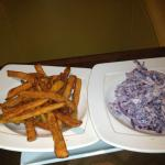 Sweet potato fries & coleslaw sides