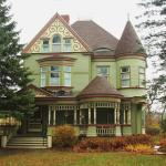 صورة فوتوغرافية لـ ‪Estabrook House Bed and Breakfast‬