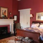 Atwood House Bed and Breakfast resmi