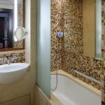Studio bathroom- The Address Downtown Dubai
