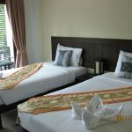 Photo de Ampha place hotel