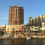 Emerald Grande at HarborWalk Village Foto