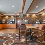 Photo of BEST WESTERN PLUS Lincoln Inn & Suites