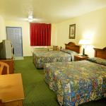 Foto de Americas Best Value Inn & Suites - Waller/Houston