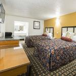 Foto de New Six Inn and Suites Houston
