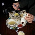 Steamed clams in shell
