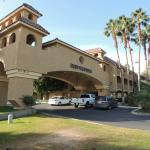Photo de BEST WESTERN PLUS Palm Desert Resort