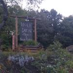 Foto de Wolf Den Hostel & Nature Retreat