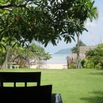 Chalong Beach Hotel and Spa Foto