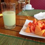 Breakfast: fresh avocado juice and papaya