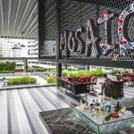 Mosaic pool bar