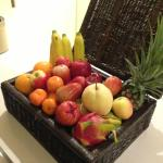 complimentary fruit basket for two-bedroom suite