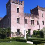 castello outside4