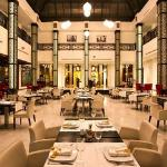 Le Royal Grill (glass roofed International restaurant)