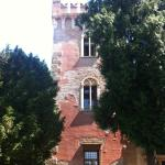 castello outside8