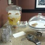 Delicious infused water (and not so delicious looking cookies, in my opinion) every P.M.!