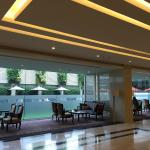Mandarin Hotel Managed by Centre Point Foto