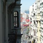 street view- red flags at Taksim square