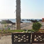 Sandy Beach Hotel & Resort의 사진