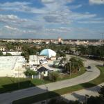 Photo de Holiday Inn & Suites Across from Universal Orlando