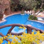 Clean Pool & great surrounding area to laze around
