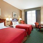 Foto de Centerstone Inn & Suites - Mechanicsburg, PA