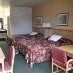 Lone Star Inn & Suites