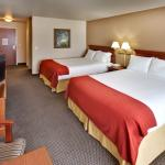 Holiday Inn Express Suites Brookings