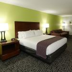 Holiday Inn Express Hickory - Hickory Mart