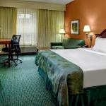 Foto de Courtyard by Marriott Chapel Hill