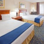 Holiday Inn Express Martinsburg North
