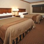 BEST WESTERN PLUS Shamrock Inn & Suites