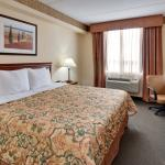 Country Inn & Suites London South
