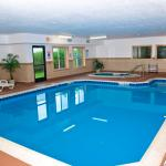Photo de Comfort Suites Benton Harbor