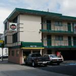 Photo of Van Ness Inn Hotel