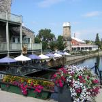 Perth canalside