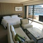 Sleeping and living areas (City Harbour Deluxe room).