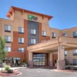 Foto van Holiday Inn Express & Suites Albuquerque Old Town
