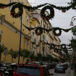 downtown Sorrento  ... just a block away!