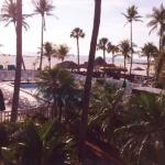 Outrigger Beach Resort Foto