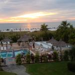 ภาพถ่ายของ Howard Johnson Resort Hotel - St. Pete Beach FL