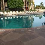 Photo de Chaparral Suites Scottsdale